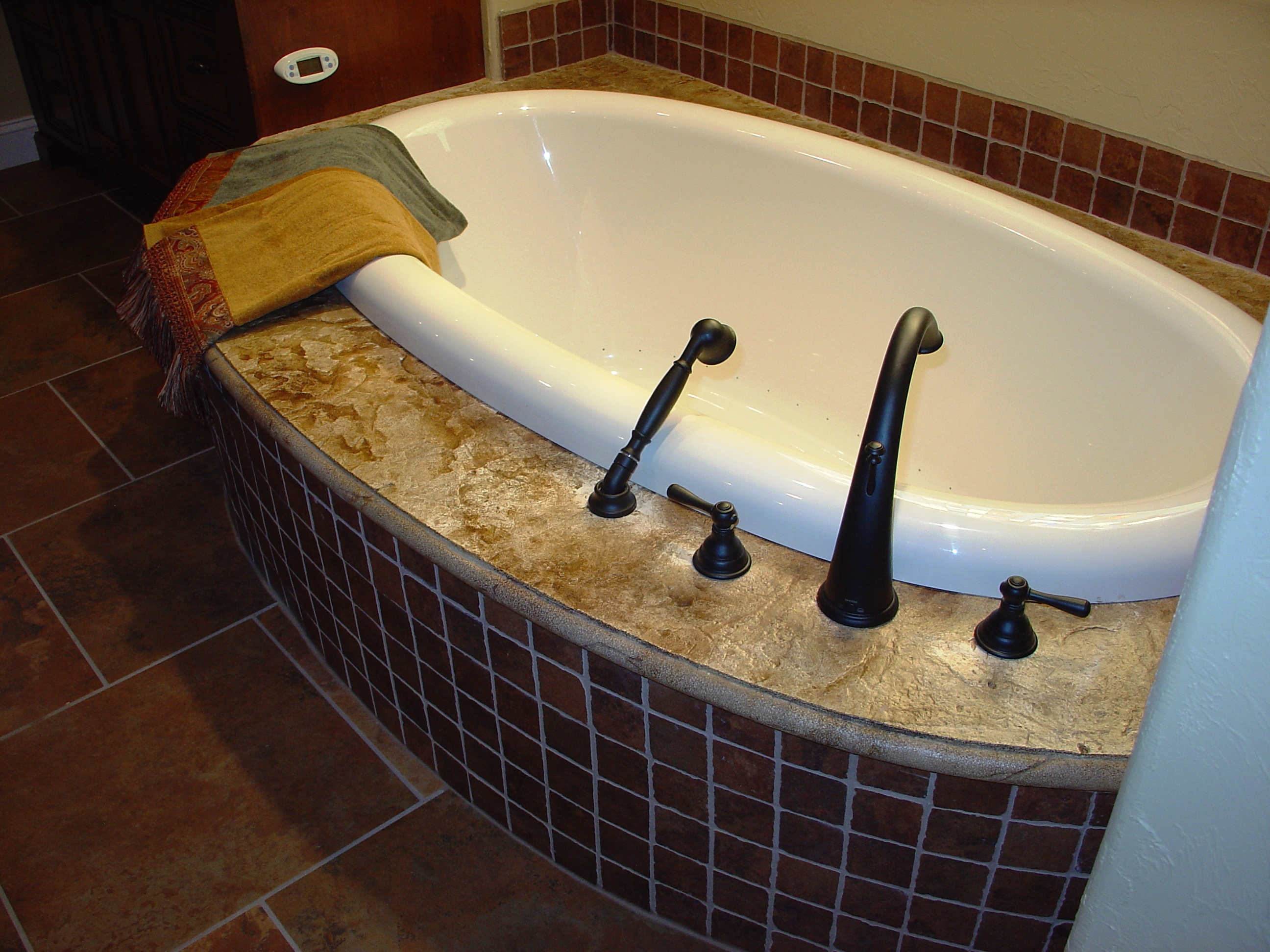 Shirestone around bath tub